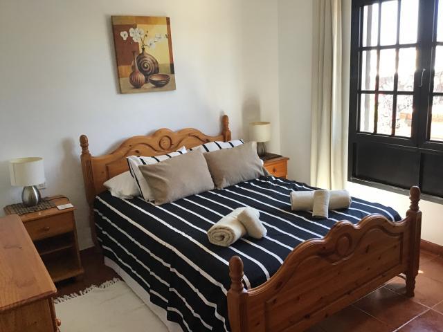 Villa Ani Lee Downstairs Double Bedroom - Villa Ani Lee, Tias, Lanzarote