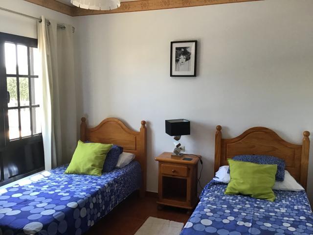 Villa Ani Lee Downstairs Twin Bedroom - Villa Ani Lee, Tias, Lanzarote