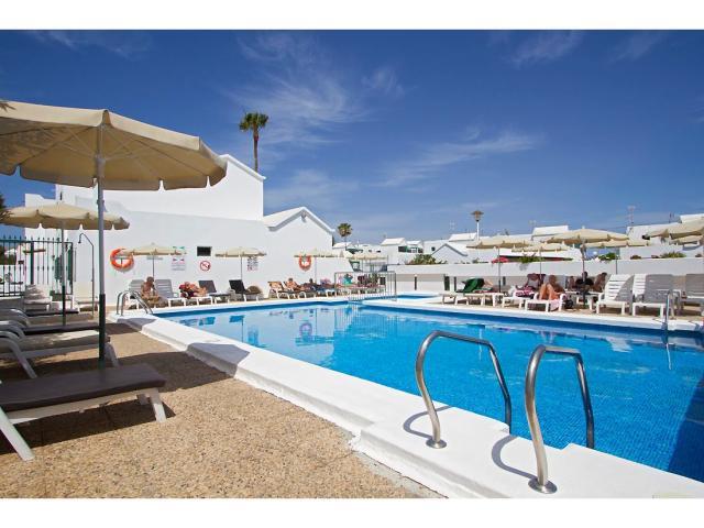Swimming pool has a childrens section - 2 Bed - Diamond Club Maritima, Puerto del Carmen, Lanzarote