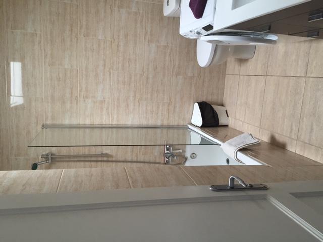 bathroom - 3A Columbus Apartments, Puerto del Carmen, Lanzarote