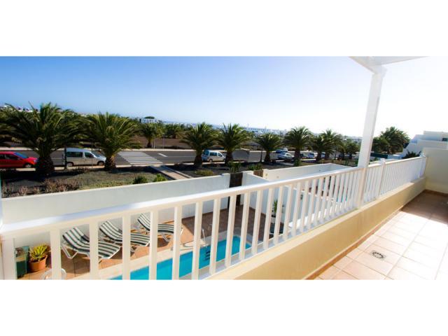 Large upstairs terrace - Villa Clara, Costa Teguise, Lanzarote