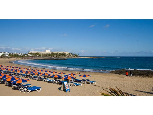 Las Cucharas beach 10 mins walk - Villa Clara, Costa Teguise, Lanzarote