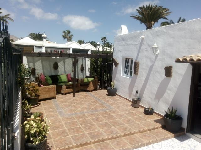 Outside Lounge - Casa Perro, Matagorda, Lanzarote
