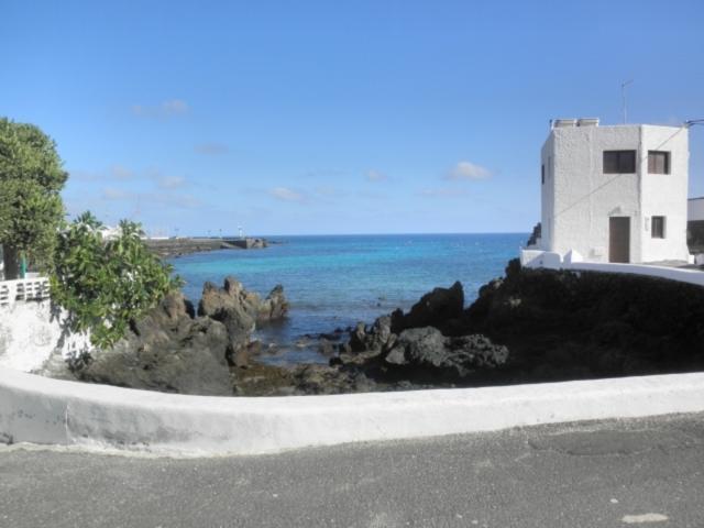Punta Mujeres - 2 bed, sea view apartment, Punta Mujeres, Lanzarote