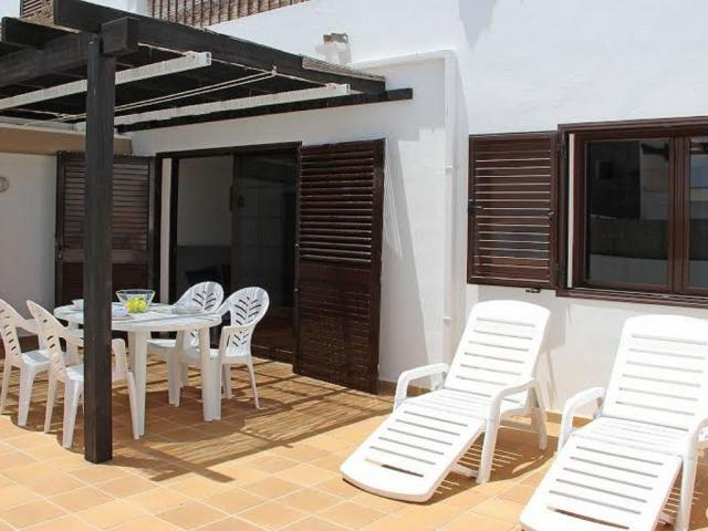 - 2 Bed Holiday Villa, Playa Blanca, Lanzarote