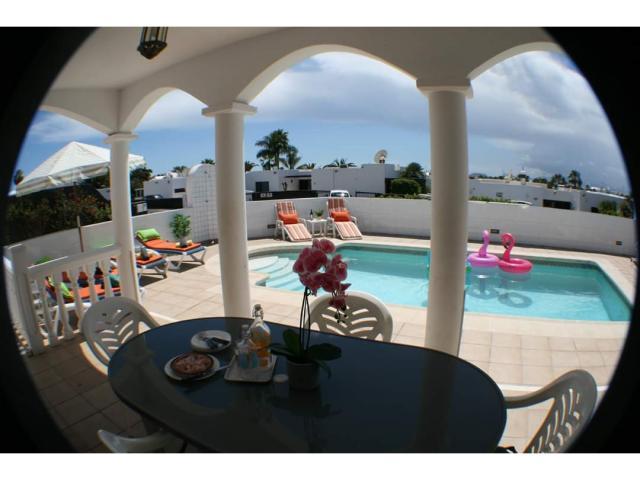 Pool view - Casa Margaret, Playa Blanca, Lanzarote