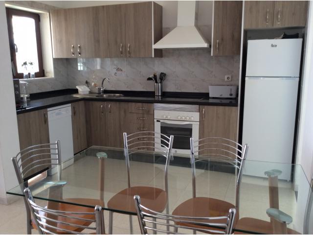 Kitchen area - Calle Burgao, Puerto del Carmen, Lanzarote